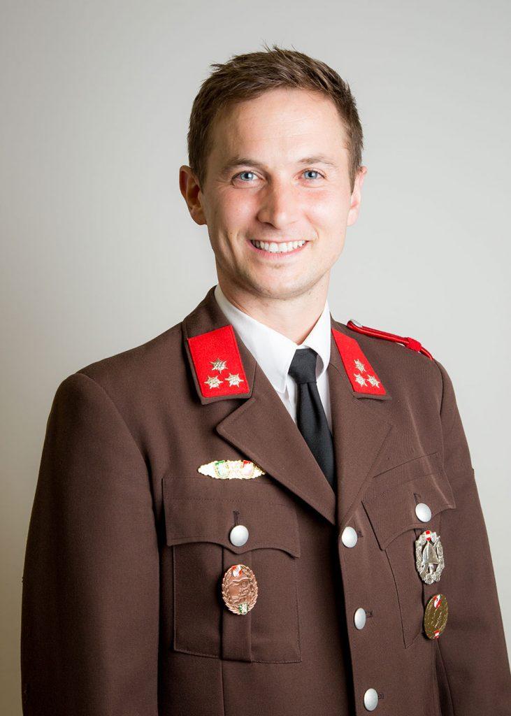 HFM Robert Fladenhofer